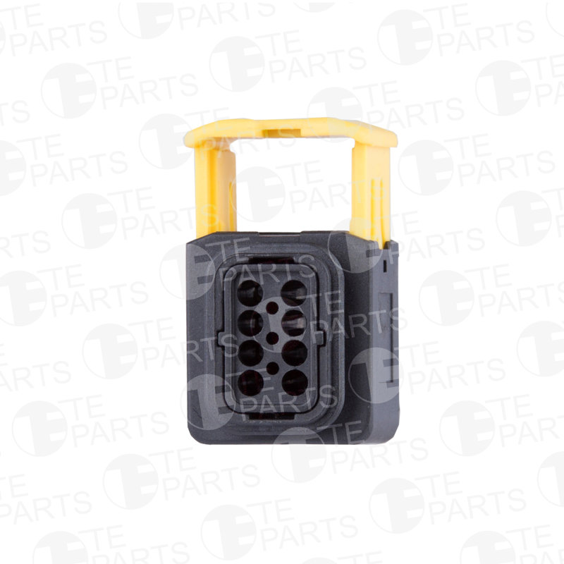 7813878 8-pin Plug for DAF